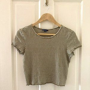 American Eagle Striped Cropped Tee Size M